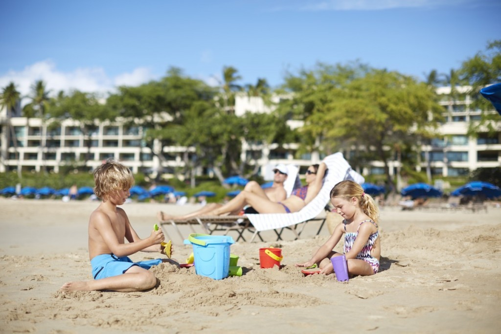Family_HapunaBeachPrinceHotel_beach_Croped